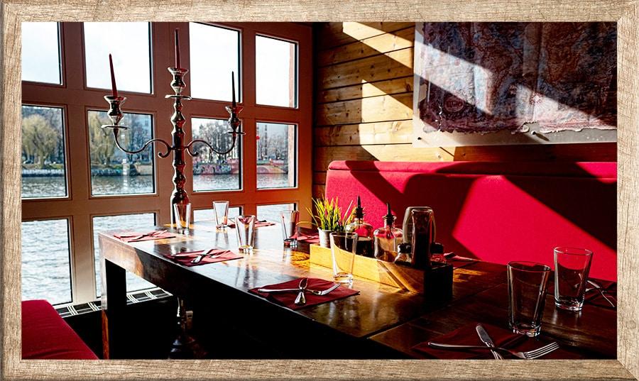 Pirates Restaurant - Rustikales Piratenflair mitten in Berlin